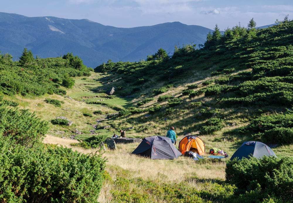 Наш лагерь рядом с г. Великий котел. Закарпатье (о. Ворожеська)